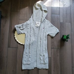 Hollister cream cable knit long cardigan S pocket